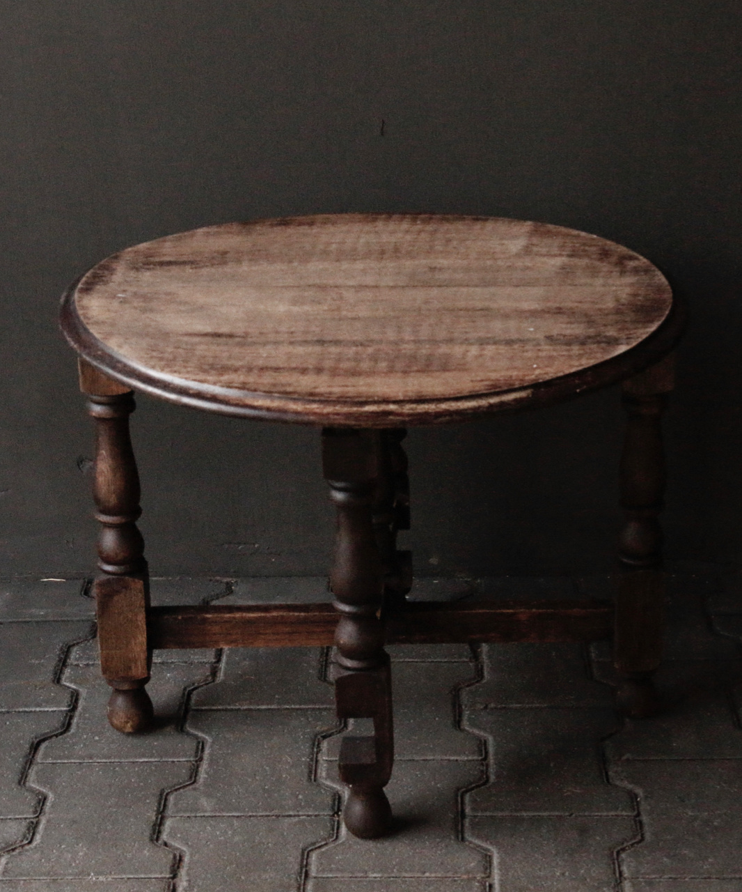 Small old round Salon / Side table-2