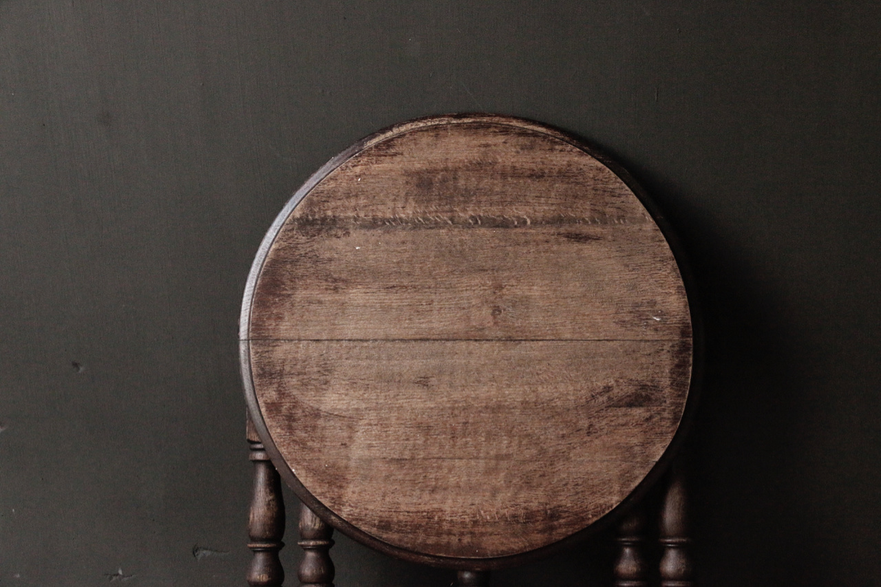 Small old round Salon / Side table-3