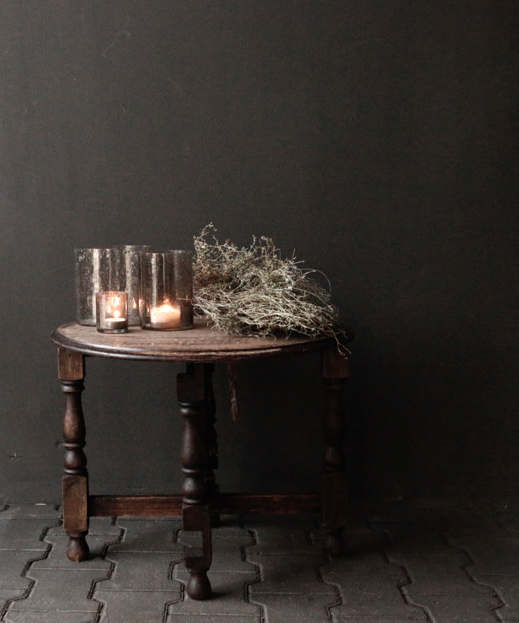 Small old round Salon / Side table-7