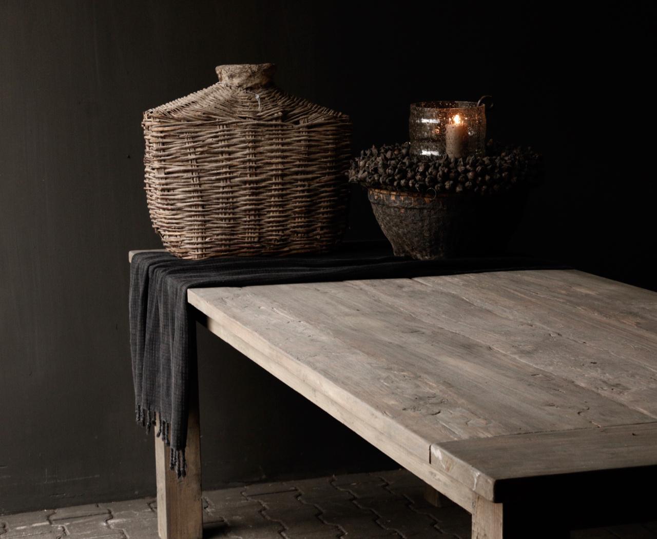 Mooie stoere vergrijsde eetkamer tafel oud hout-4