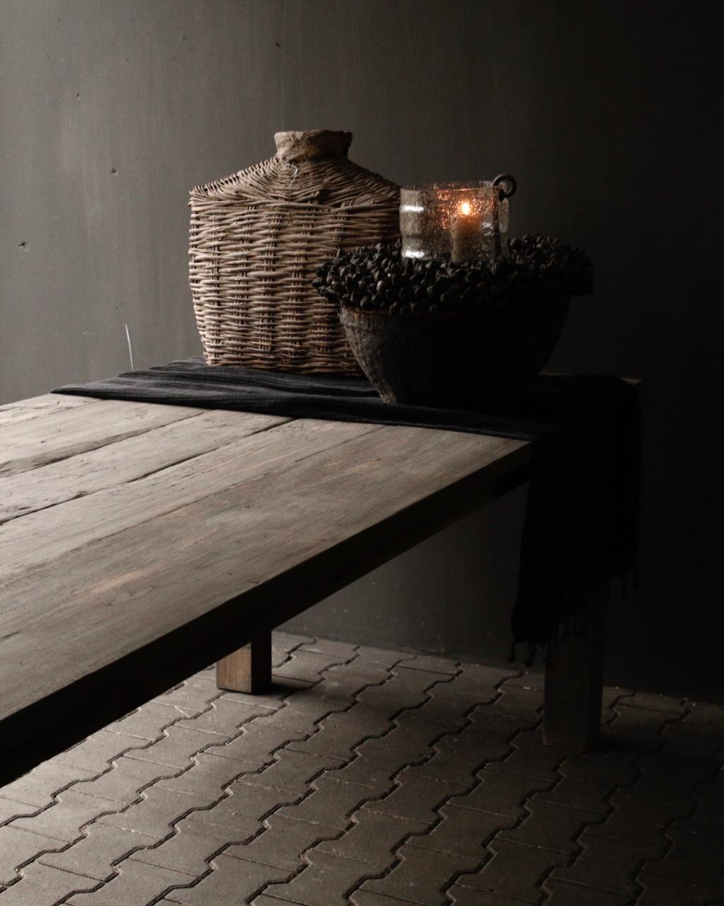 Mooie stoere vergrijsde eetkamer tafel oud hout-6