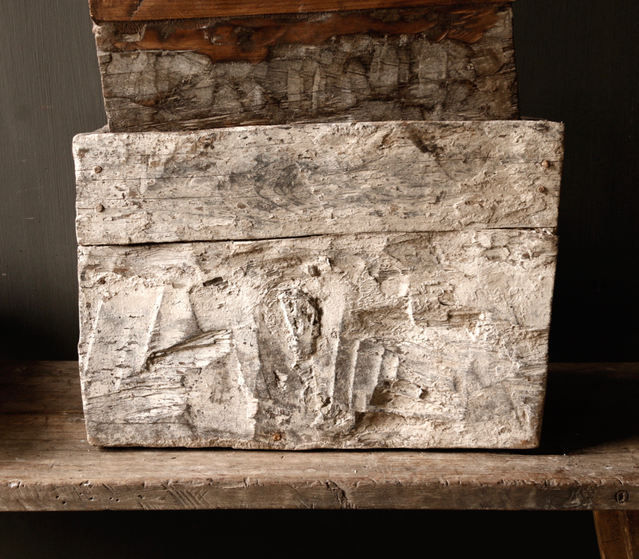Stoer oud Himalaya   Kistje / Boxje-6