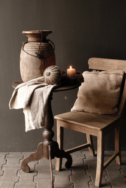 Dark wooden wine table with round top