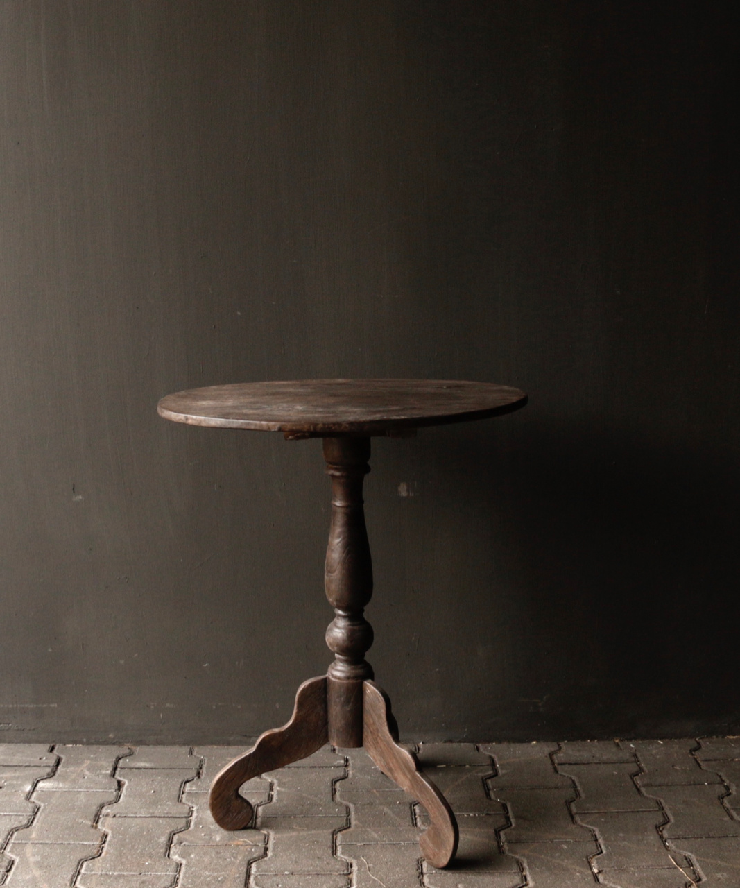 Dark wooden wine table with oval top-2