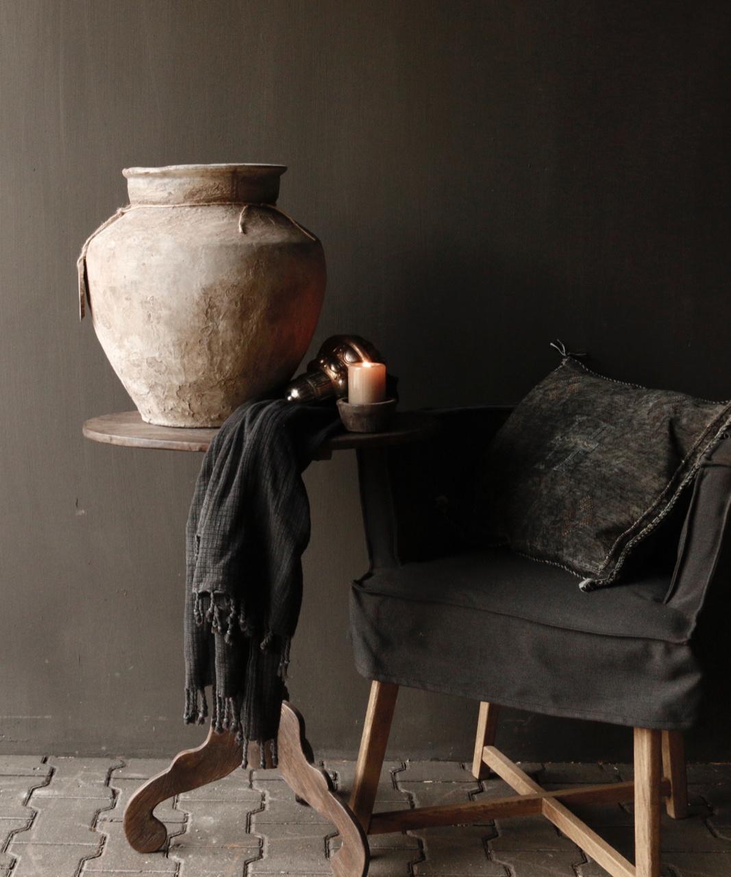 Donker houten Wijntafeltje met ovaal blad-1