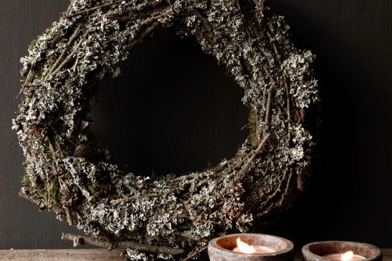 Larix moss wreath-3