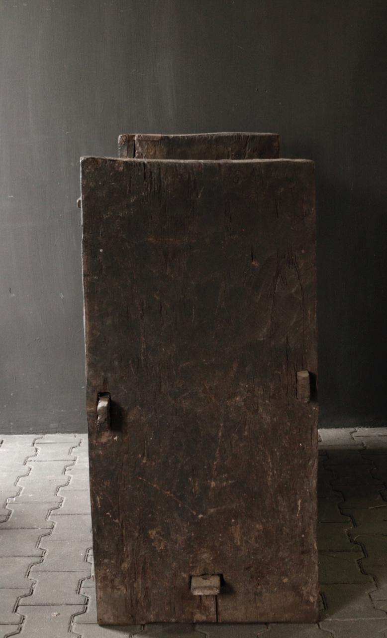 Stoere oude Himalaya   Kist / Box-3