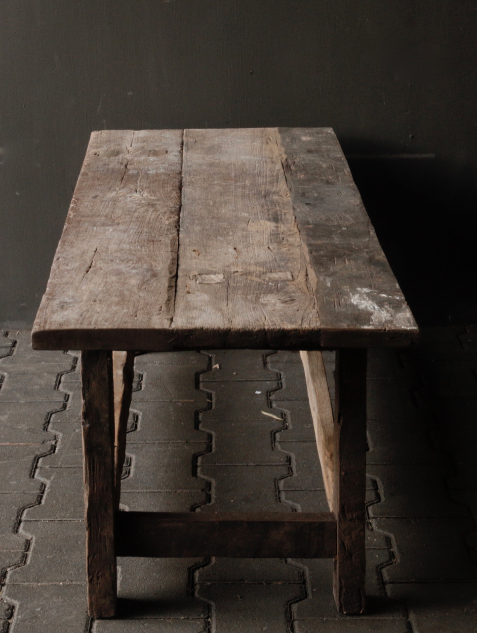 Coffee table made in India from old used wood-5