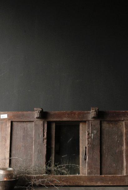 Stoer Indische Houten Spiegel met schuifdeurtjes