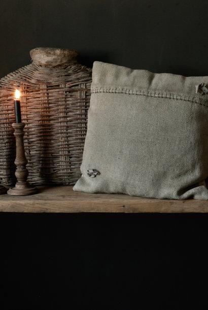 Beautiful sturdy coarse linen cushion