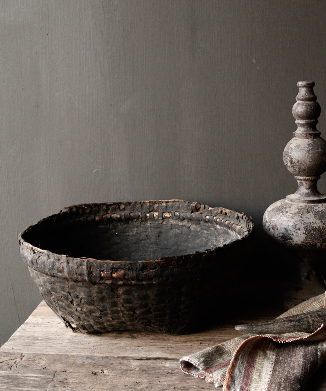 Authentic clay basket-3