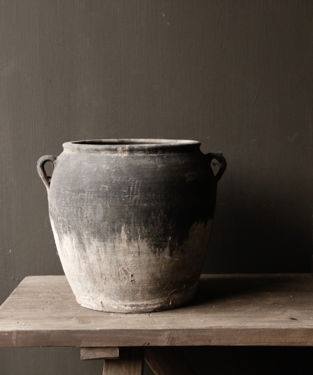 Authentic water jug-4
