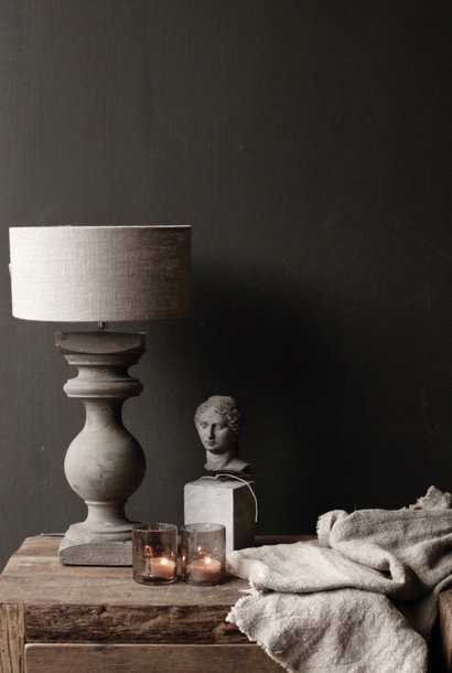 Small wooden baluster lamp
