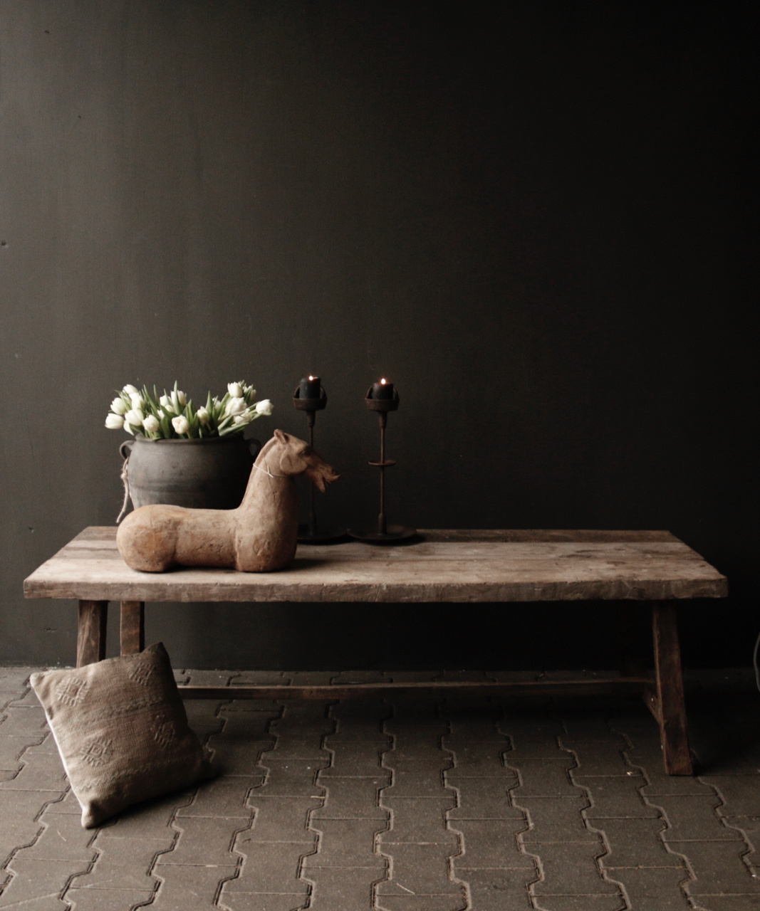 Coffee table made from old wood-1