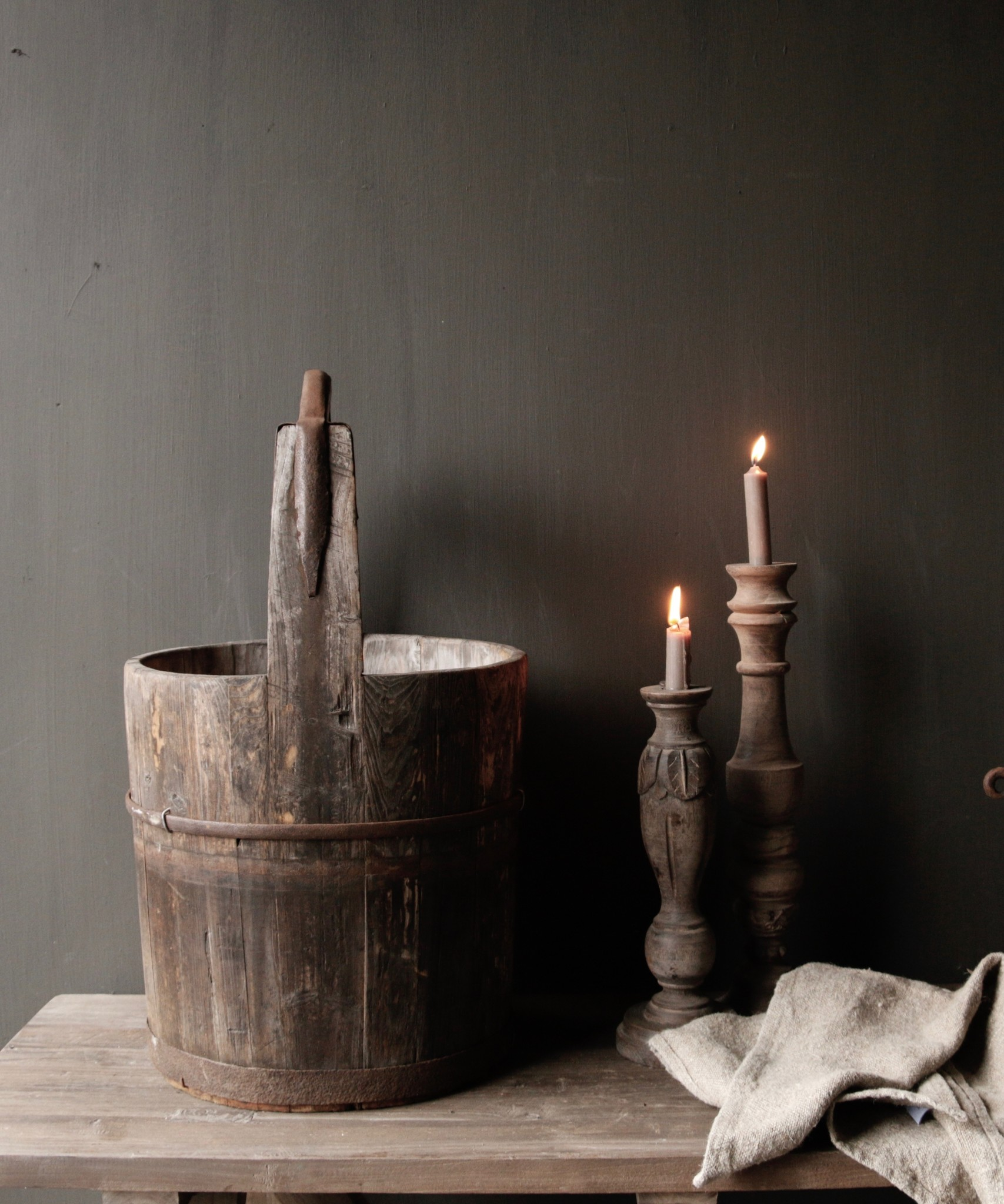 Authentic old wooden bucket-2