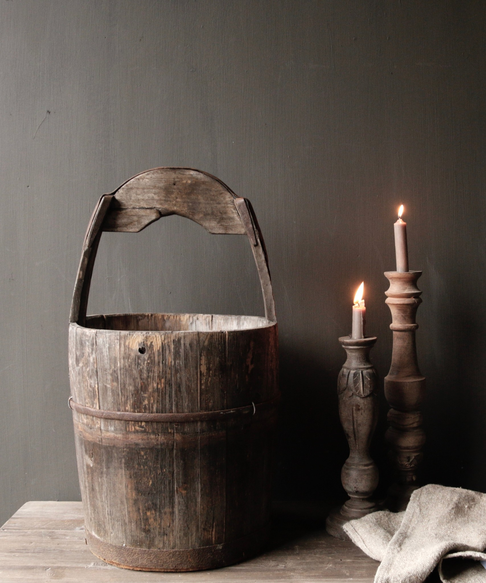 Authentic old wooden bucket-4