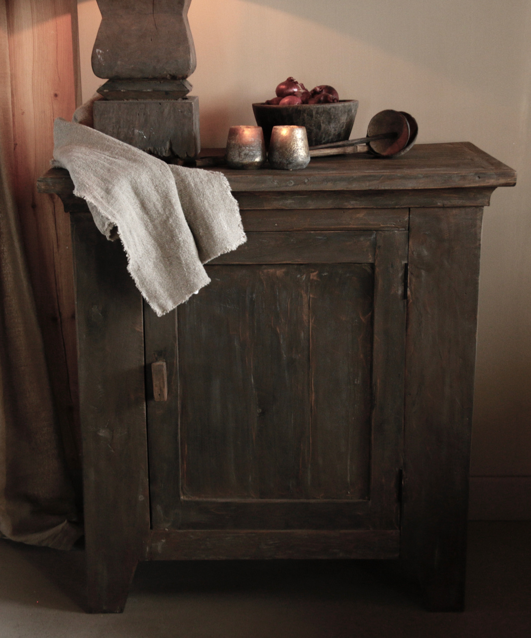 Beautiful Tough Rural old wooden cabinet-3