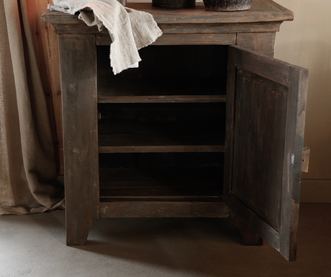 Beautiful Tough Rural old wooden cabinet-4