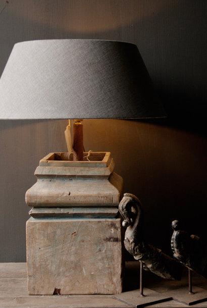 Hölzerne Baluster Lampe