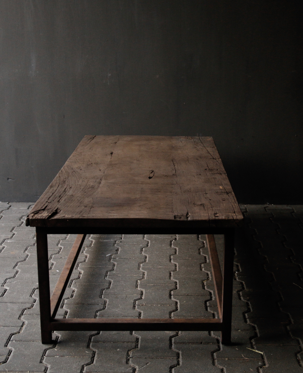 Dark wooden coffee table with iron rusty frame-5