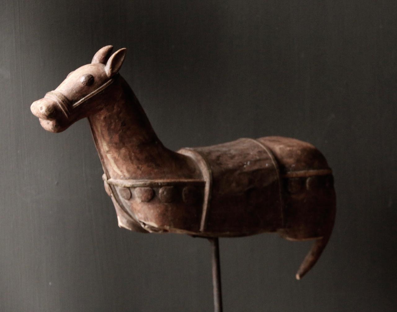 Prachtig Uniek Antiek houten paard op ijzeren standaard-2