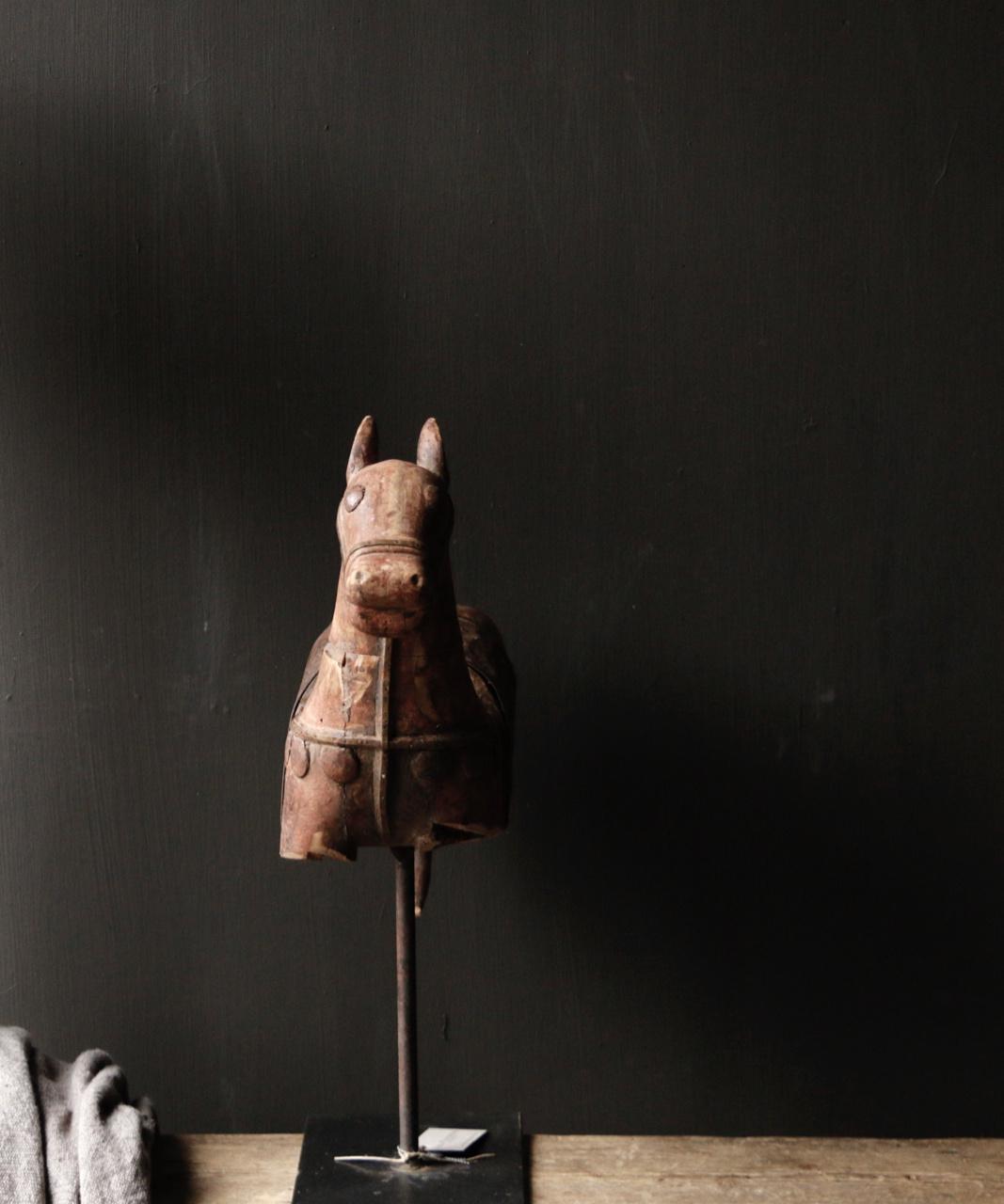 Prachtig Uniek Antiek houten paard op ijzeren standaard-3
