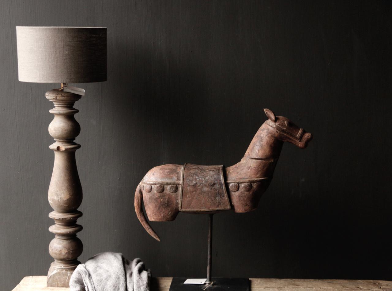 Prachtig Uniek Antiek houten paard op ijzeren standaard-6