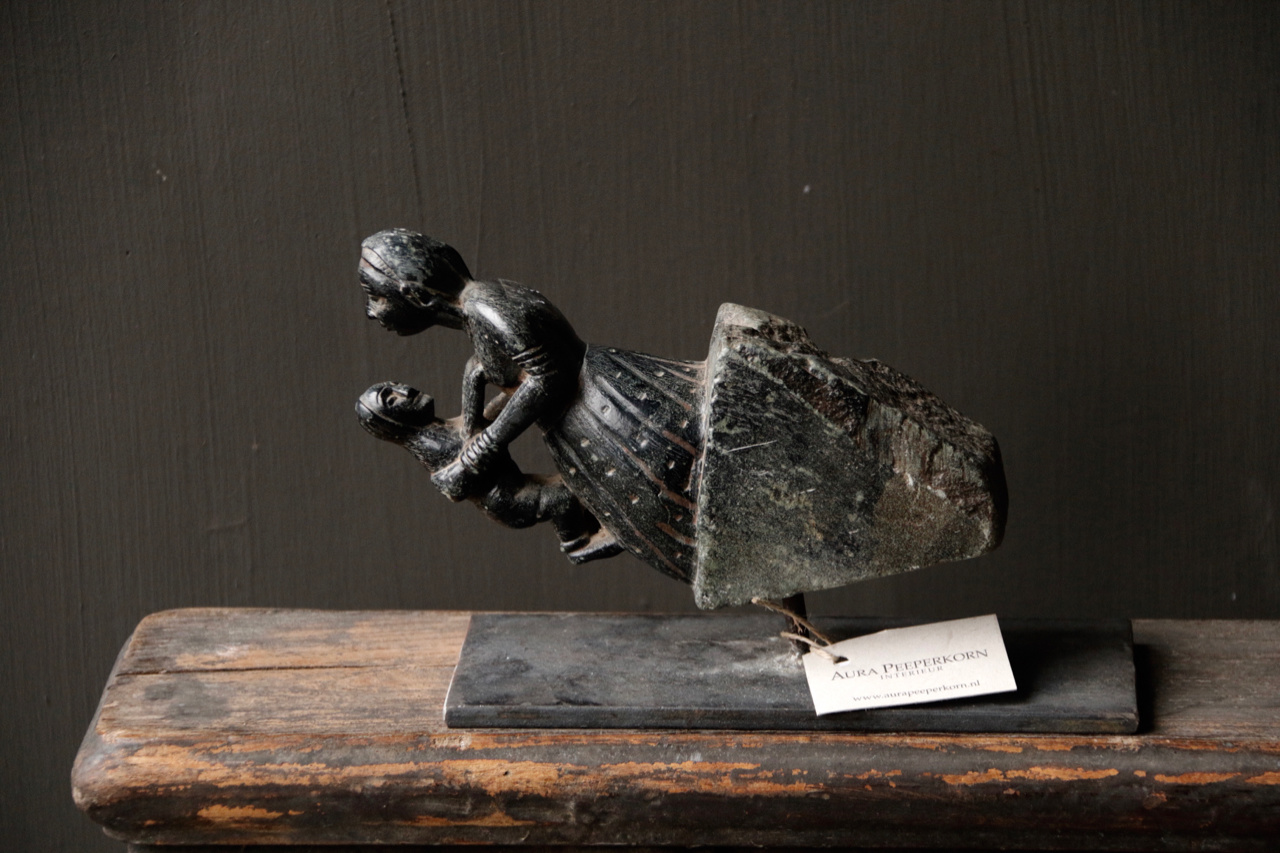 Nature Stone statue Mother with baby on iron stand-4