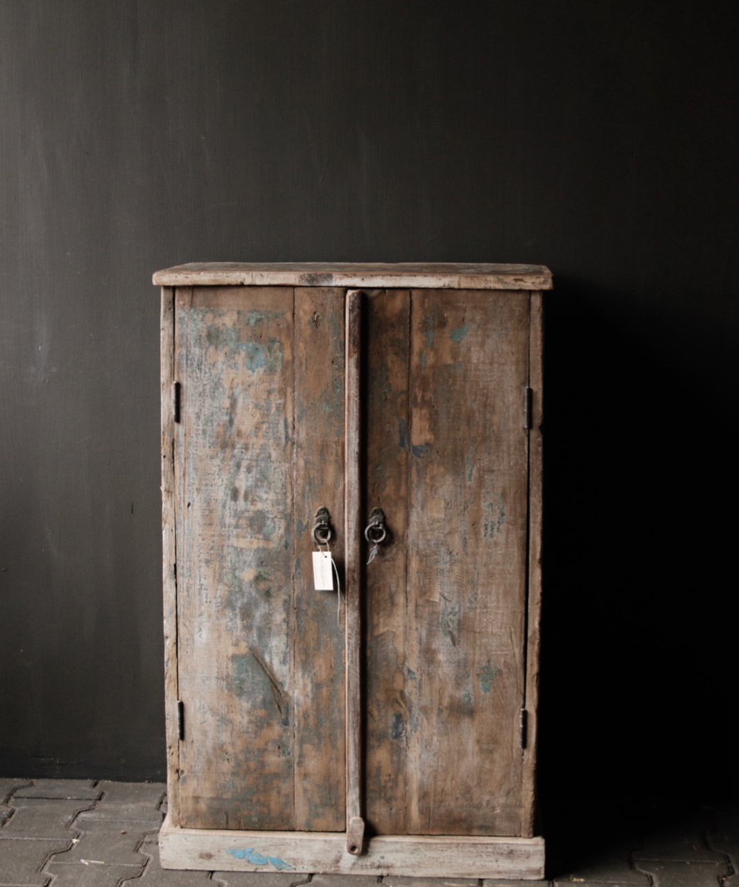 Small Indian cupboard from Aura Peeperkorn-2