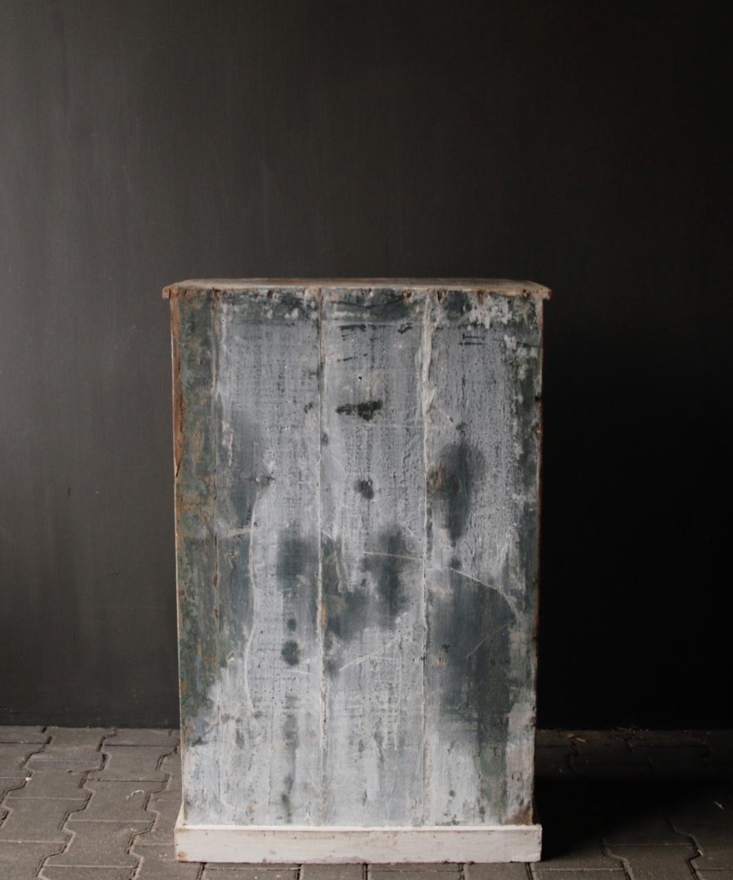Small Indian cupboard from Aura Peeperkorn-4