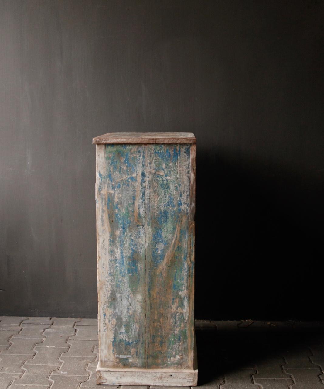 Small Indian cupboard from Aura Peeperkorn-5