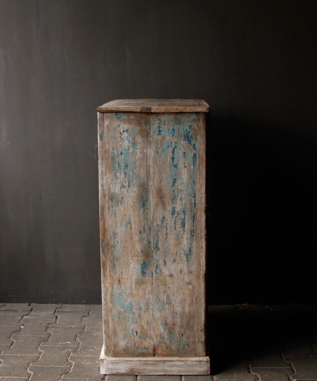 Small Indian cupboard from Aura Peeperkorn-6