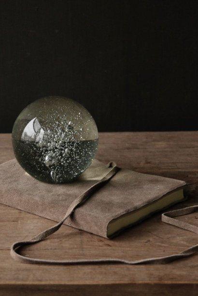 Glazen presse paper ball