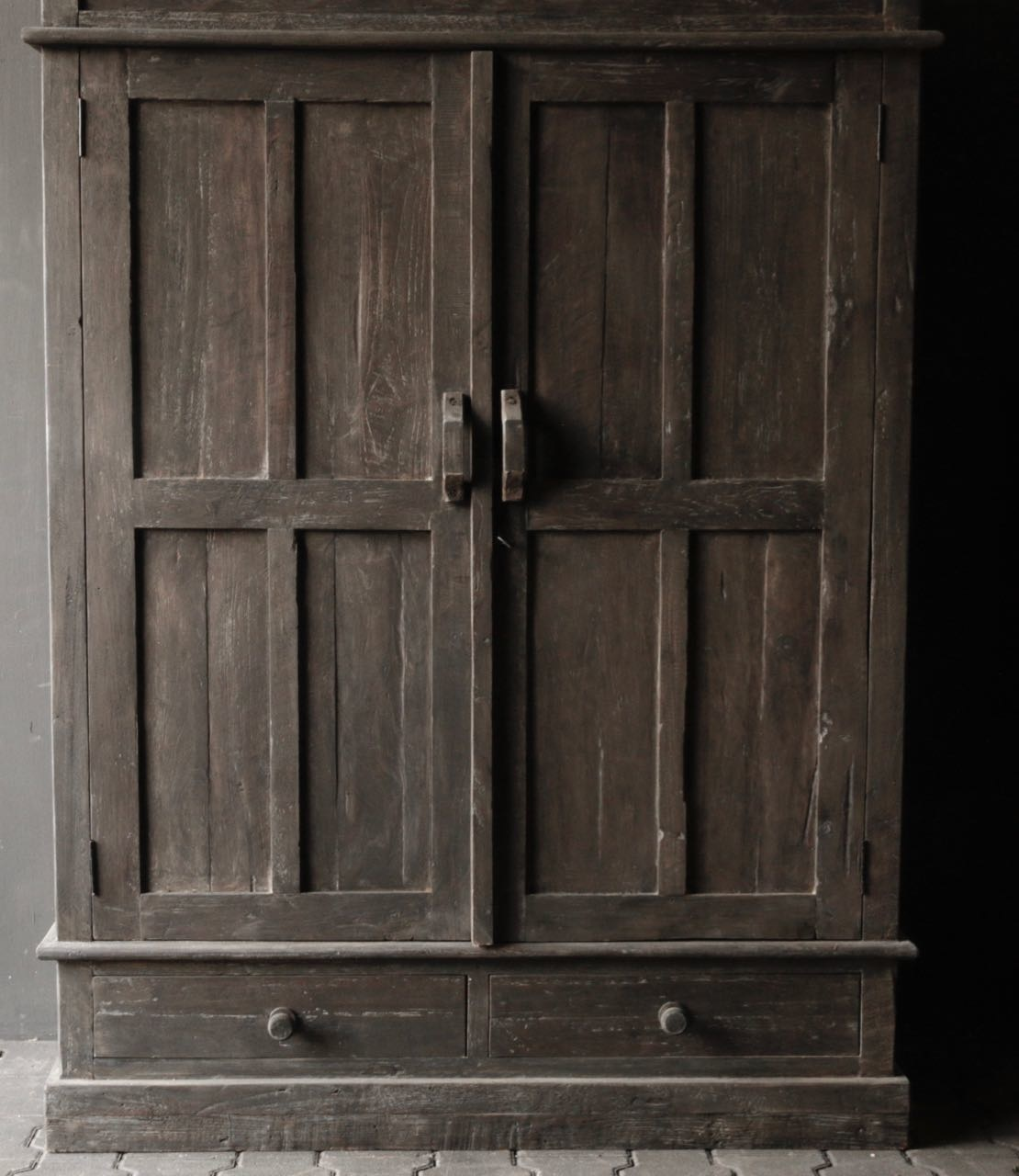 Beautiful solid old wooden cupboard-7