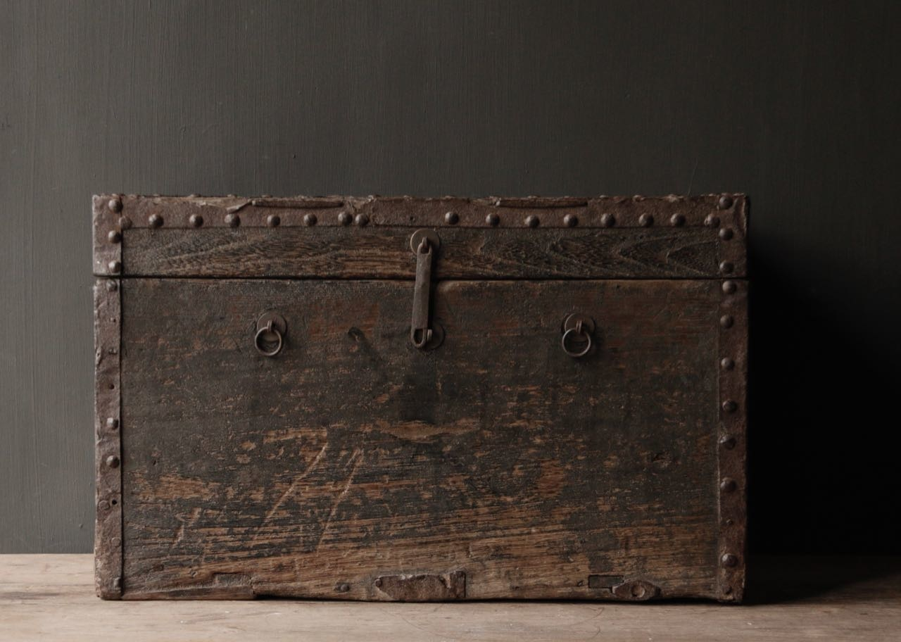 Old Authentic wooden box-3