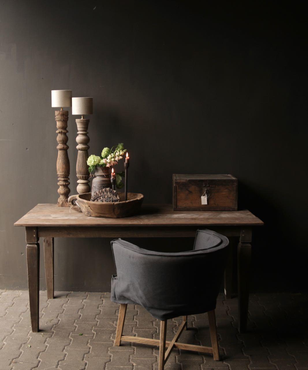 Alter authentischer Holztisch-1