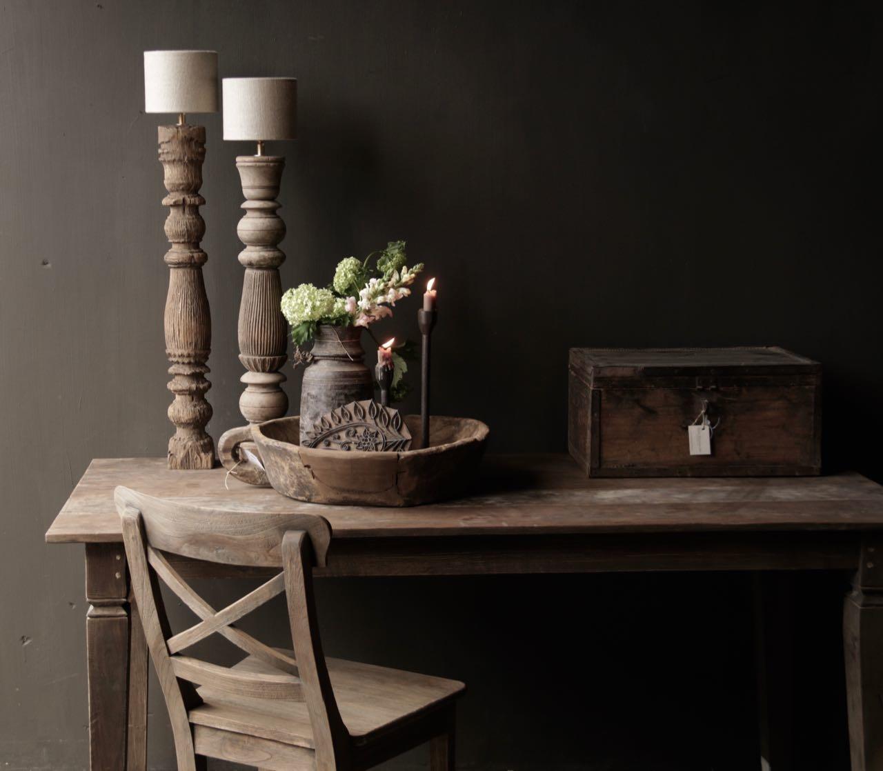 Alter authentischer Holztisch-2