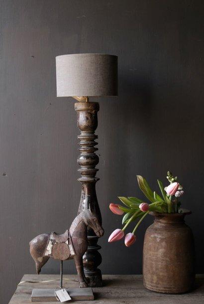 Schöner alter hölzerner Lampensockel von Authentic Baluster