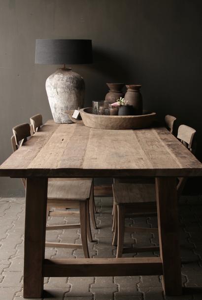 Eetkamer tafel oud hout   A poot