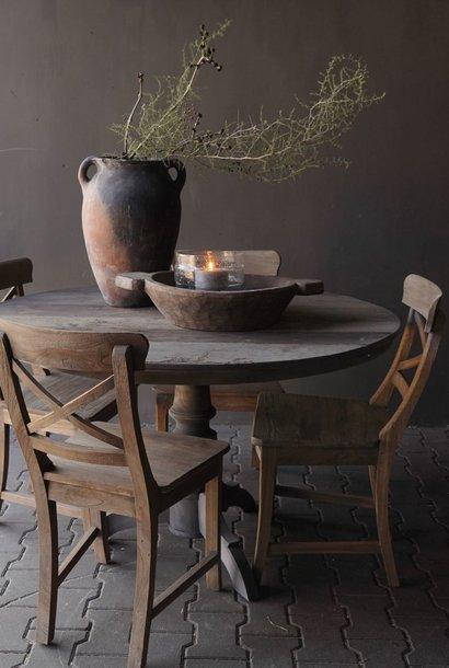 Stoere  ronde tafel gemaakt van oud gebruikt hout   125cmø
