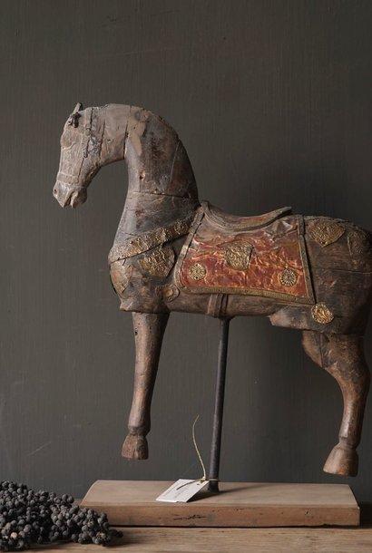 Vintage handgemaakt  oud houten paard op houten statief