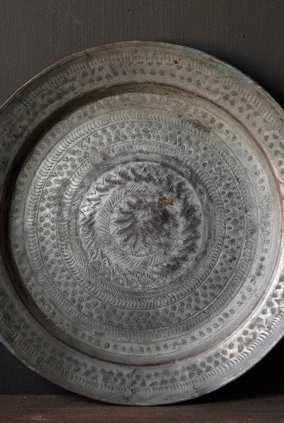 Authentiek oud Bronzen hand beslagen bord
