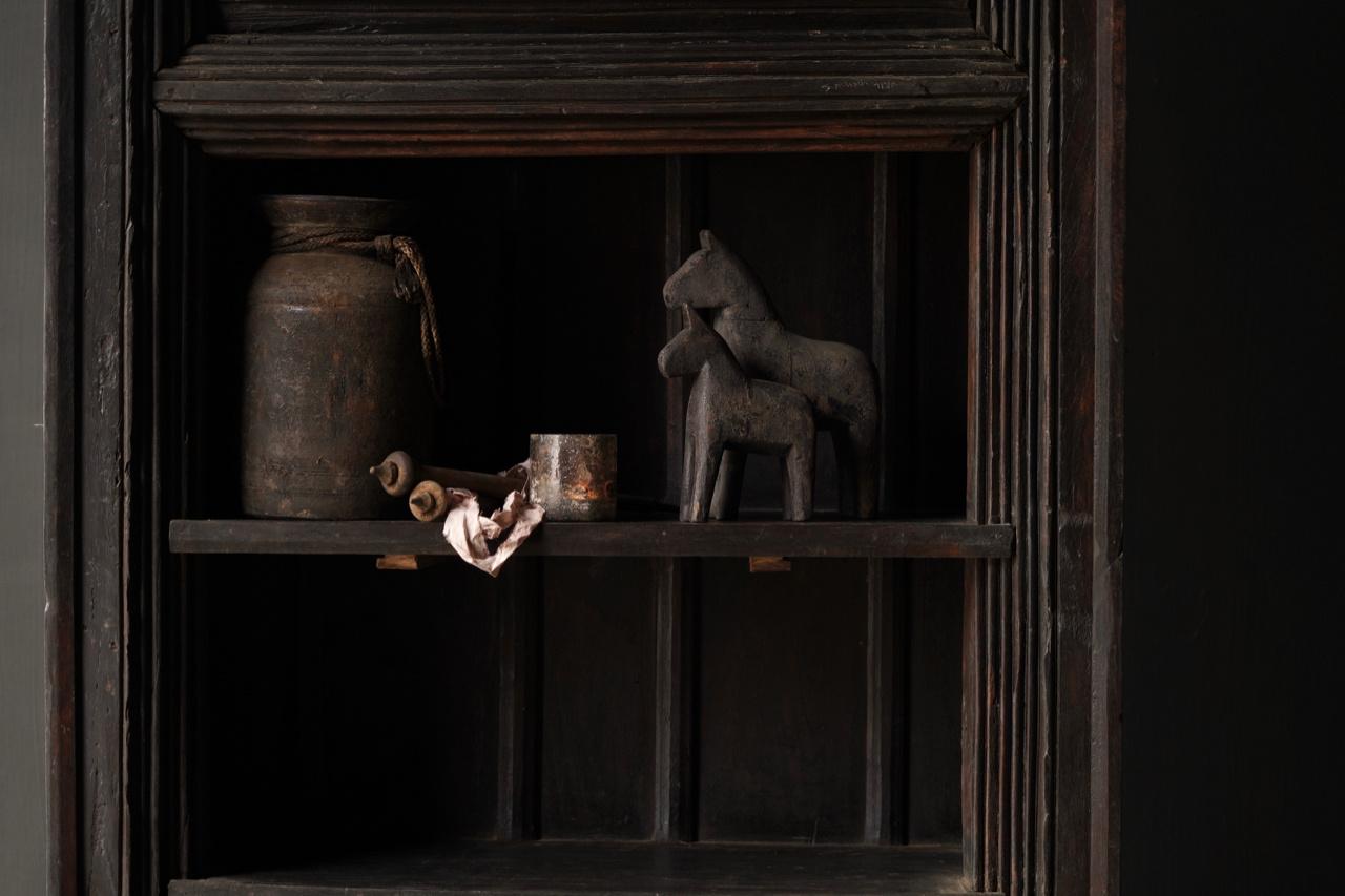 Authentischer alter schöner indischer offener Holzschrank-8