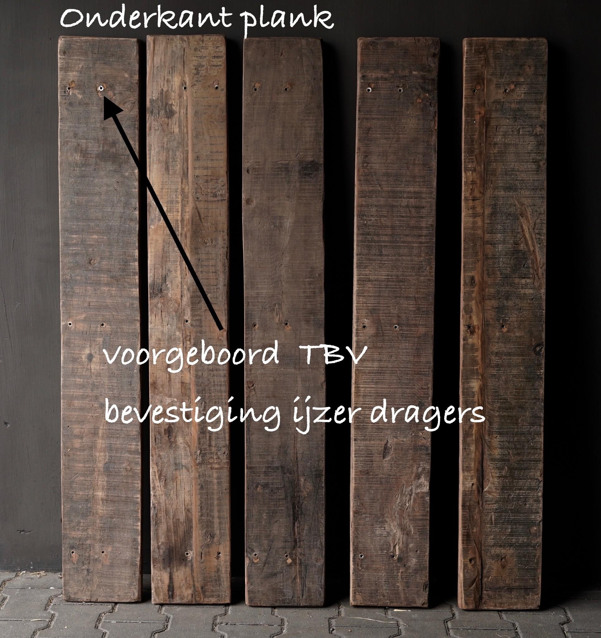 Altes Treibholz Holzwandregal Wandregal Mit Eisenstutzen 140cm Herberslifestyle