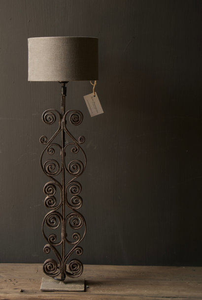 Iron curl lamp base