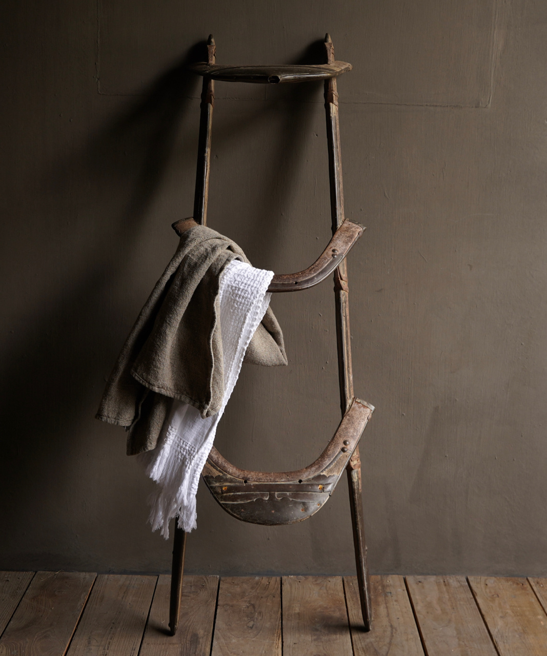 Old Authentic wooden Camel seat-1