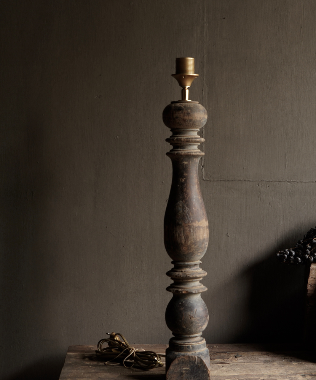 Beautiful Old Wooden Baluster lamp base-5