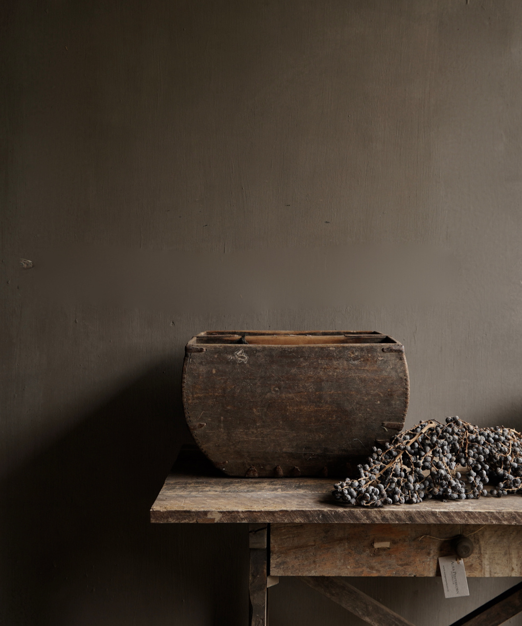 Old wooden seed / rice box-1
