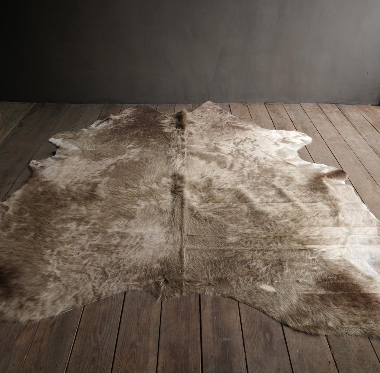 cow skin carpet Champagne-1