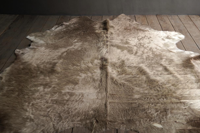 cow skin carpet Champagne-2